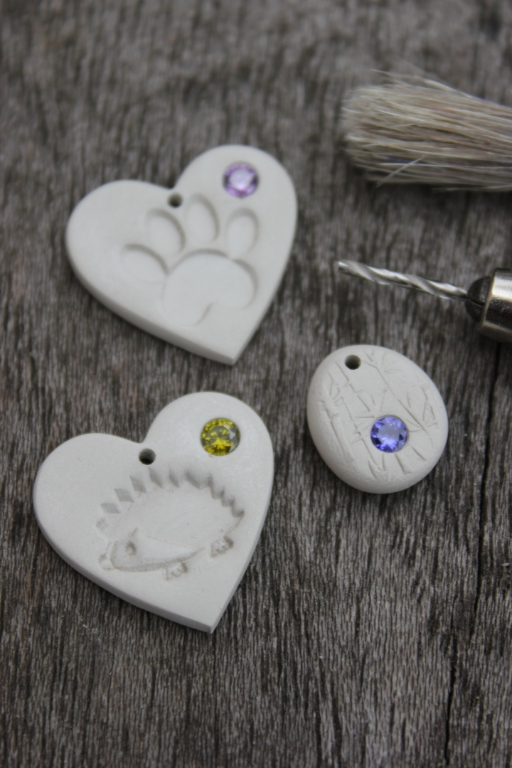 Making hearts with gems