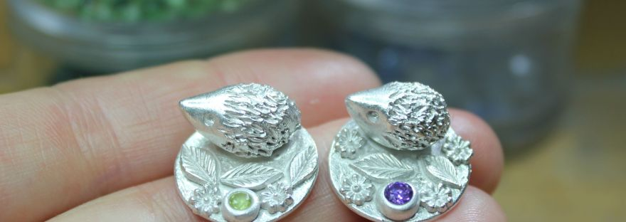 Tiny hedgehog sculptures by Little Silver Hedgehog